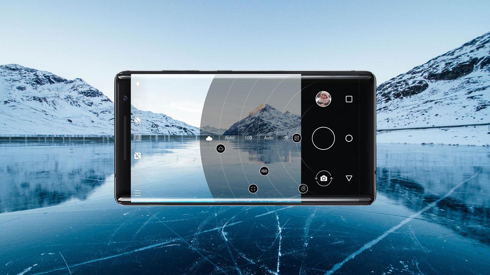 Nokia8Sirocco_04_optics-optimised-techie