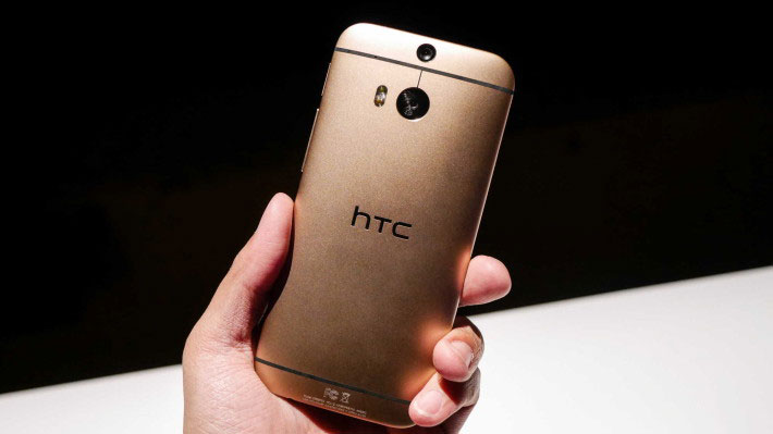 worlds-first-dual-camera-htc-m8-techie