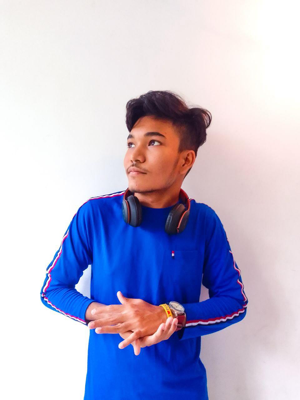 Nawoth Thakshila